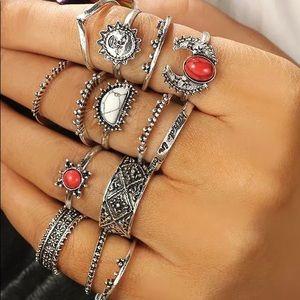 Fashion rings set